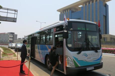 Khai trương 5 tuyến xe buýt phong cách Nhật Bản