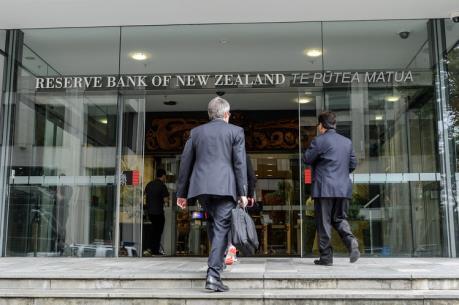 New Zealand cắt giảm lãi suất xuống mức thấp kỷ lục