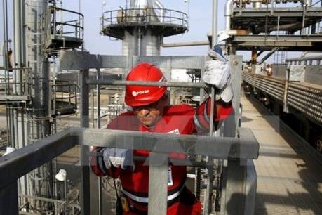 Giá dầu WTI chạm mức cao nhất kể từ tháng 11/2015