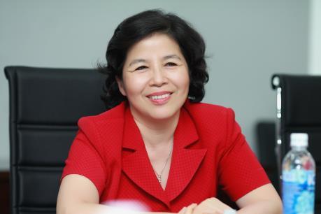 Bà Mai Kiều Liên mua vào 108.760 cổ phiếu VNM