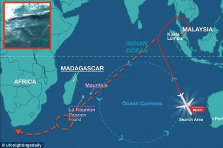 Thêm mảnh vỡ nghi của MH370 được tìm thấy ở Nam Phi