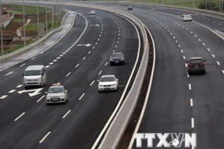Đề xuất giảm phí xe tải, xe container trên cao tốc Hà Nội - Hải Phòng