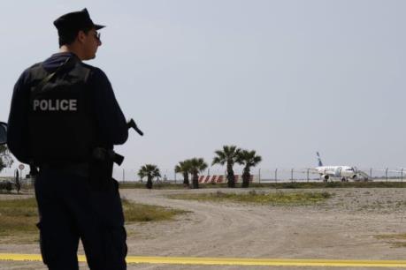 Vụ bắt cóc máy bay của Ai Cập: Thủ tướng Ai Cập yêu cầu điều tra khẩn cấp vụ việc