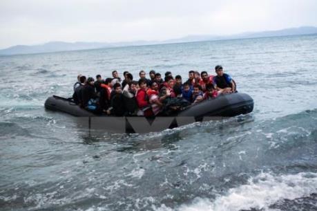 Vấn đề người di cư: Thêm hàng nghìn người được giải cứu ngoài khơi Italy