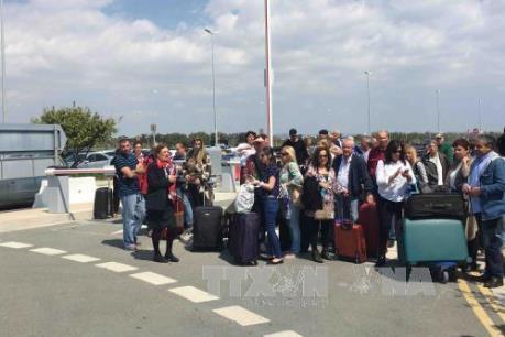 Vụ bắt cóc máy bay của Ai Cập: Toàn bộ hành khách đã về đến Cairo