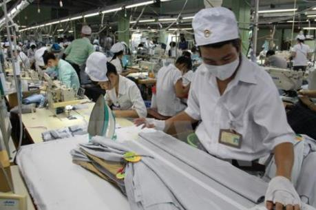 Ngành dệt may Việt Nam tự làm yếu vì thiếu liên kết