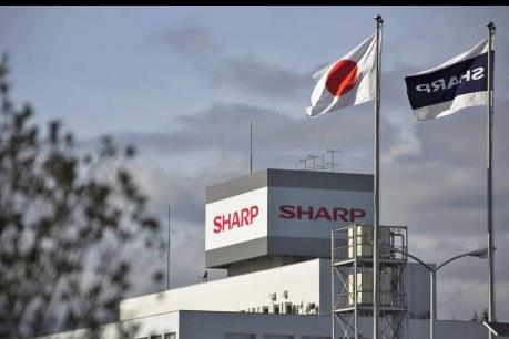 Sharp thay thế Chủ tịch, kiêm giám đốc điều hành