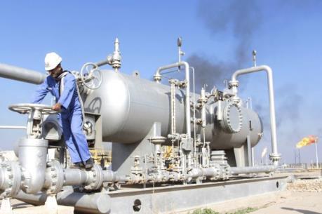 Giá dầu thế giới ngày 31/3 đi xuống trong mối lo dư cung