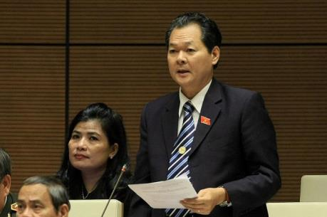 Bên lề kỳ họp Quốc hội: Tái cơ cấu sản xuất nông nghiệp gắn với thích ứng biến đổi khí hậu