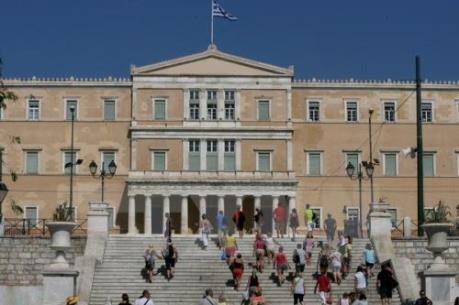 Kinh tế Hy Lạp suy thoái tám năm liên tiếp