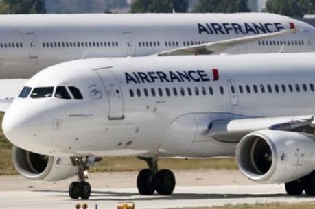 Hàng trăm chuyến bay bị hủy do đình công tại Pháp