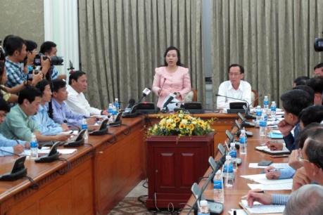 Bộ trưởng Nguyễn Thị Kim Tiến trấn an người dân về vi rút Zika