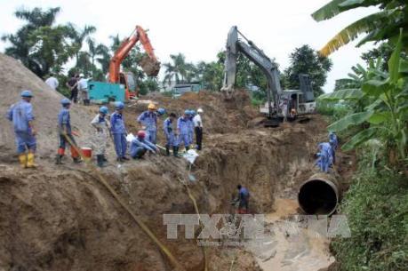 Tuyến nước Sông Đà 2: Kiến nghị tạm dừng ký hợp đồng với nhà thầu cung cấp ống gang dẻo