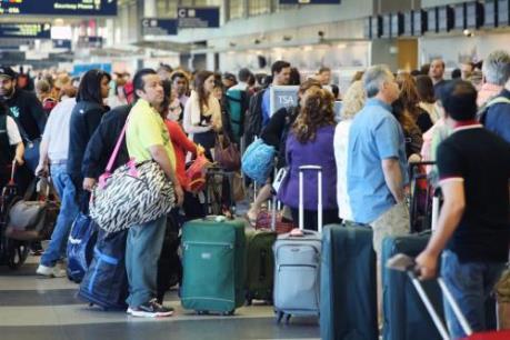 Lượng khách đi máy bay trên toàn cầu tăng 6,8% năm 2015
