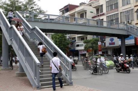Xây dựng cầu vượt nút giao thông Trần Hưng Đạo- Lương Yên