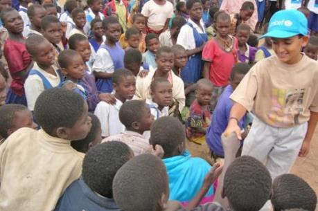 UNICEF lo ngại khoảng cách chênh lệch giàu nghèo ở trẻ em tại các nước giàu