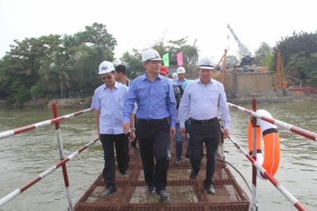 Hoàn thành xây dựng cầu Ghềnh trước ngày 30/6