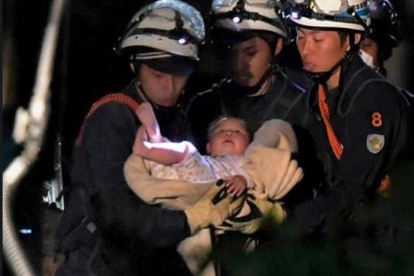Động đất tại Nhật Bản:  19 người thiệt mạng, cứu sống 1 em bé 8 tháng tuổi