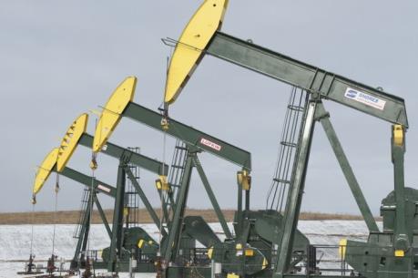 Giá dầu thế giới 19/4 chấm dứt chuỗi 4 ngày giảm liên tiếp
