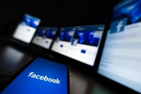 "Facebook tiếp tục ""hốt bạc"""