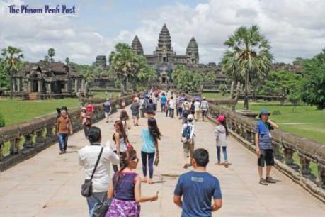 Campuchia cấm xe cơ giới chạy phía trước khu đền Angkor Wat