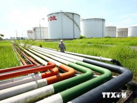 Việt Nam có thể sẽ phải mở cửa thị trường xăng dầu sớm hơn kế hoạch