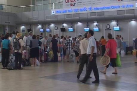 Xử phạt nhân viên an ninh đánh hành khách tại sân bay Cam Ranh