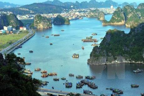 Quảng Ninh mạnh tay chấn chỉnh để bảo vệ quyền lợi du khách quốc tế