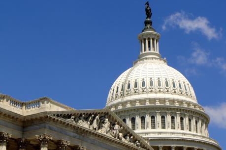 Nghị sĩ và cựu binh Mỹ ủng hộ dỡ bỏ cấm vận vũ khí với Việt Nam
