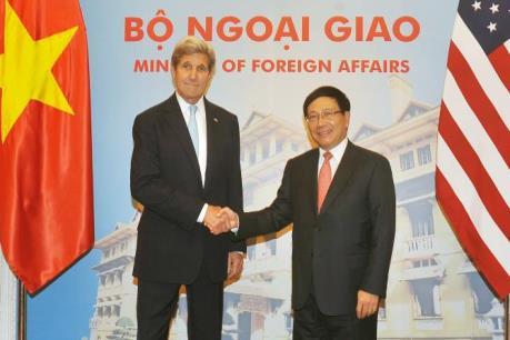 Phó Thủ tướng Bộ trưởng Ngoại giao Phạm Bình Minh, Ngoại trưởng Hoa Kỳ John Kerry hội đàm