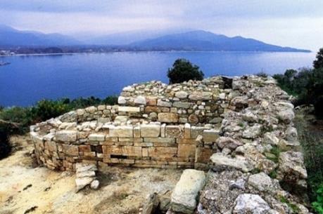 Thực hư ngôi mộ mới tìm thấy nghi của triết gia Aristotle
