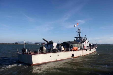Ngư dân nghệ An phát hiện thi thể nghi là phi công Trần Quang Khải trên biển