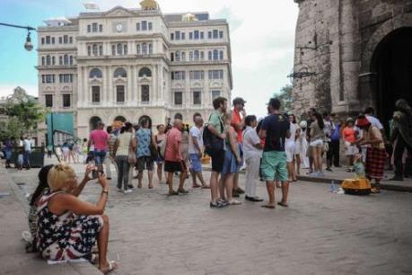 Lượng du khách quốc tế tới Cuba cán mốc 2 triệu lượt người