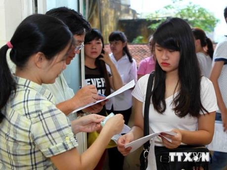Kỳ thi THPT quốc gia 2016: Hơn 800 nghìn thí sinh làm thủ tục dự thi