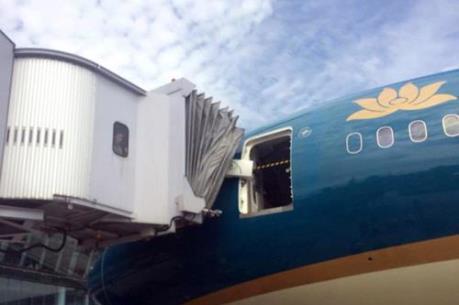 Boeing 787 Dreamliner của Vietnam Airlines gặp sự cố hi hữu