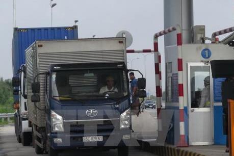 Nguy cơ tái diễn tình trạng xe chở quá tải qua Quốc lộ 5, 10