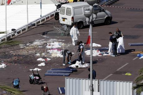 Vụ tấn công khủng bố tại Pháp: Thế giới tiếp tục lên án