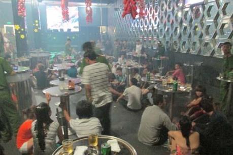 Đột kích quán Bar lớn nhất Thanh Hóa