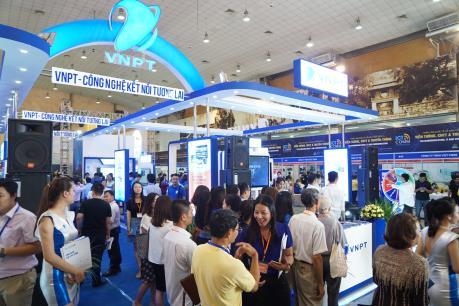 Khai mạc Triển lãm quốc tế Vietnam ICT Comm 2016