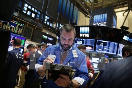 Chứng khoán Mỹ 21/7 giảm, chỉ số Dow Jones kết thúc sáu ngày lập kỷ lục