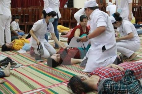 Bình Phước: Hơn 120 công nhân nhập viện sau bữa tối