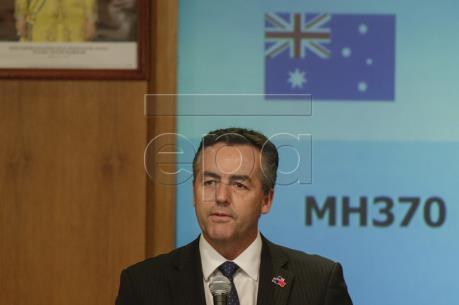 """Vụ máy bay MH370 mất tích: Mảnh vỡ tìm thấy ở Tanzania """"nhiều khả năng"""" thuộc MH370"""