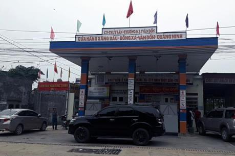 Quảng Ninh đình chỉ hoạt động cửa hàng kinh doanh xăng dầu gây ô nhiễm