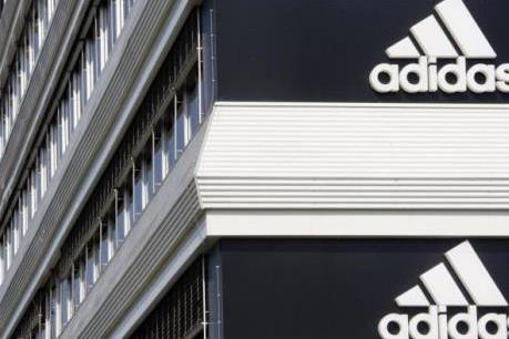 "Adidas ""bội thu"" nhờ Euro 2016"