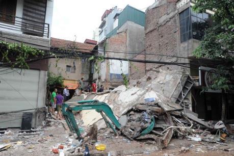 Vụ sập nhà số 43 Cửa Bắc: Khởi tố vụ án hình sự
