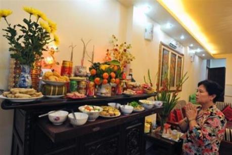Đà Nẵng sôi động thị trường mùa Vu Lan
