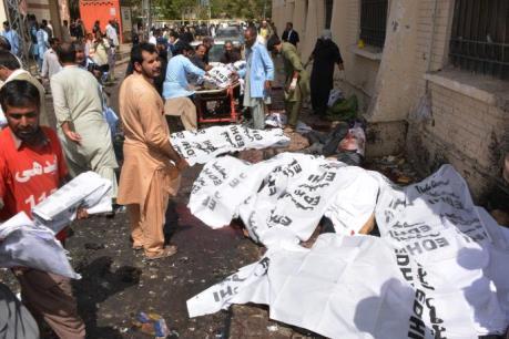Pakistan: Nổ bom tại bệnh viện, 80 người thương vong