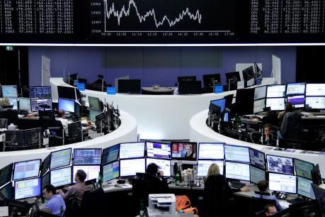 Vương quốc Anh: Thu nhập của lãnh đạo doanh nghiệp cao hơn nhân viên 140 lần