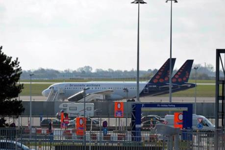 Hai máy bay bị dọa đánh bom khi chuẩn bị hạ cánh tại Bỉ