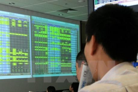 Chứng khoán chiều 17/8: Cổ phiếu trong diện thoái vốn của SCIC giúp Vn-Index vượt 660 điểm